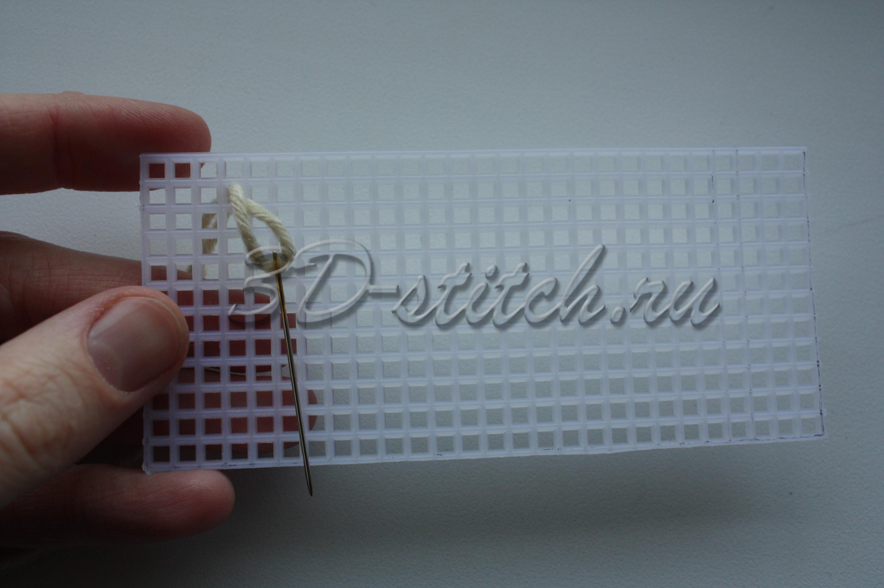 Вышивка на пластиковой канве шкатулки