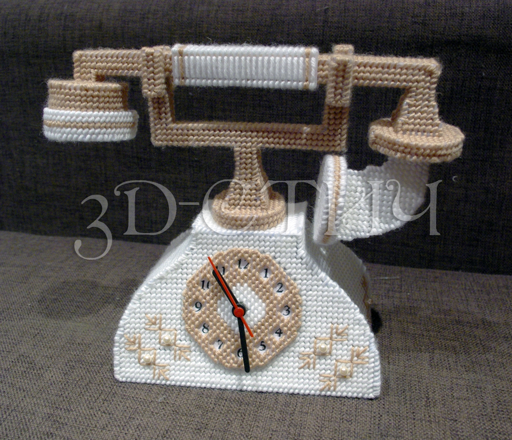 Мастер-класс вышивки на пластиковой канве - Телефон-часы - телефон-часы готов!