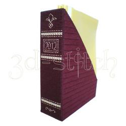 """Набор для вышивания на пластиковой канве Коробка для журналов """"Домашний архив"""" (бордовая), арт. Р012-1"""