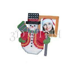 """Набор для вышивания на пластиковой канве НГ009 Фоторамка """"Снеговик"""""""