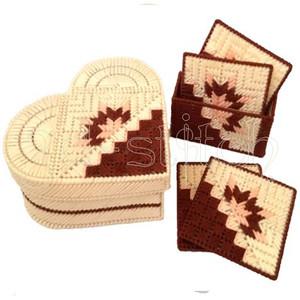 Схема для вышивания на пластиковой канве Н003 Конфетница-сердечко и набор подставок
